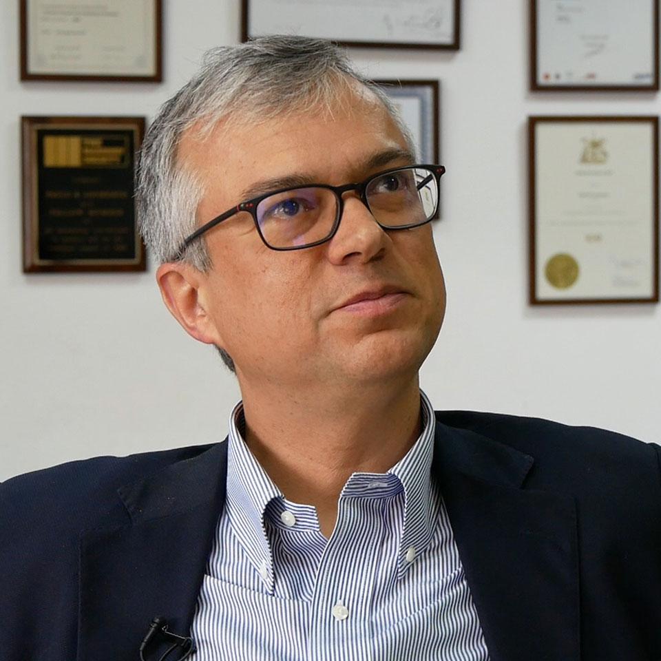 Paulo B. Lourenço